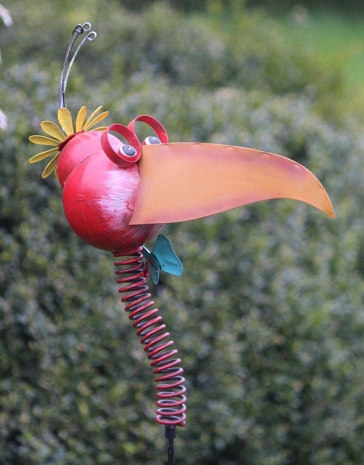 Bonte vogelkop op een veer en stok Helaas niet meer leverbaar. kijk maar eens op www.robanjer.nl voor ons huidige assortiment.