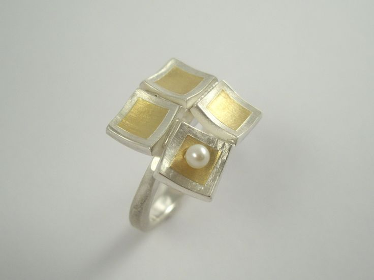 Geometrical uncommon statement ring with gold and silver and a pearl. by TomisCraft on Etsy