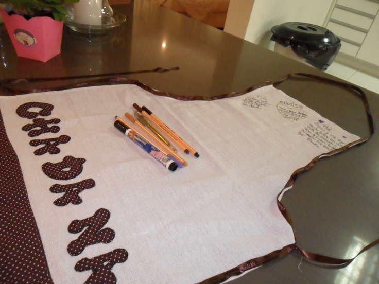 Bridal shower - personalized apron to write messages to the bride
