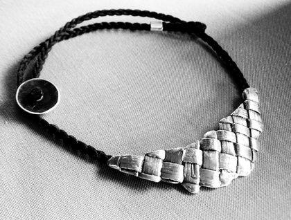 Silver Flaxweave Crescent