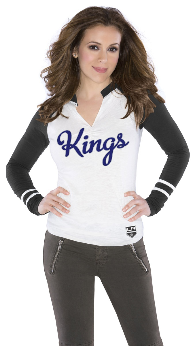 22 best images about alyssa milano 39 s nhl board on for Basketball store milano