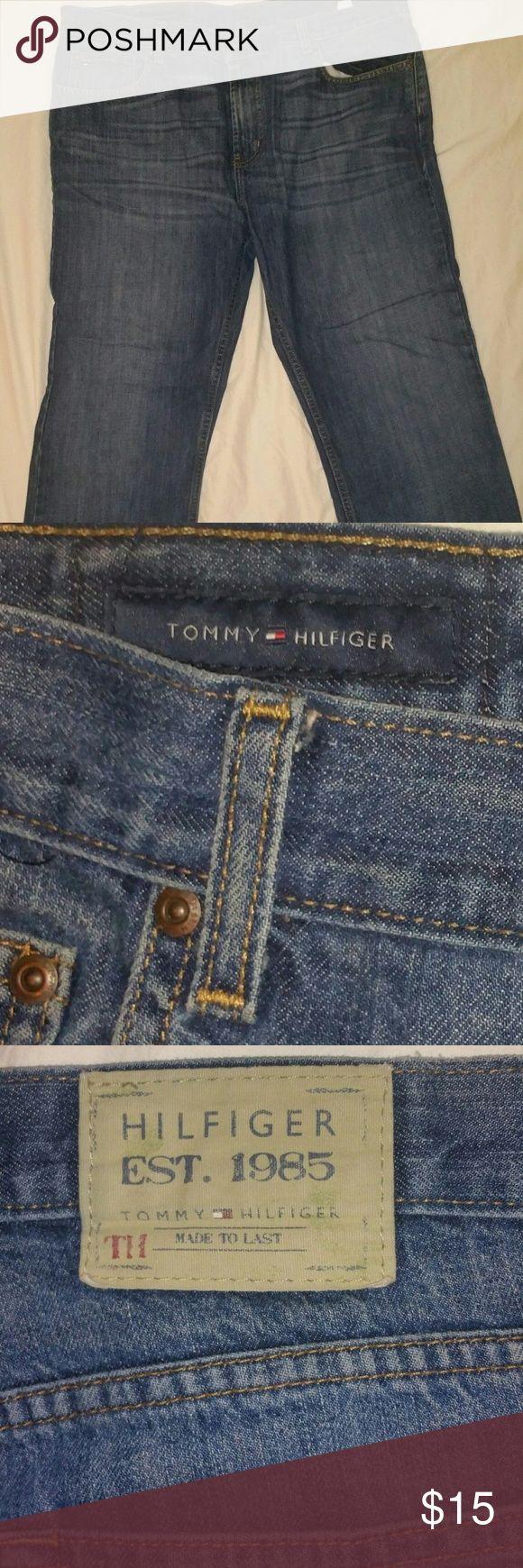 Vintage Tommy Hilfiger jeans. Mens size 36 Vintage tommy hilfiger jeans. Mens size 36. No fraying at bottom. No defects. Tommy Hilfiger Jeans
