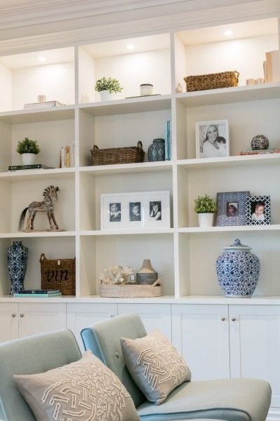 25+ Best Ideas About Living Room Bookshelves On Pinterest | Built