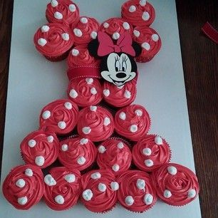 Minnie Mouse Cupcake Pull-Apart Cake...so cute! Plus other cupcake ideas.