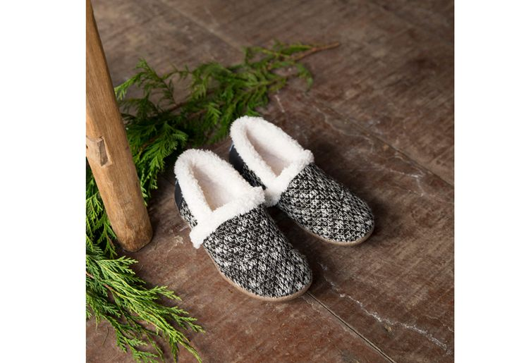 Talk about comfy! This slipper will keep toes warm even on the coldest days. Wear them around the house or when you pop out to the store. The sparkle knit upper gives this pair a festive flair. Plus, ships in a gift box!