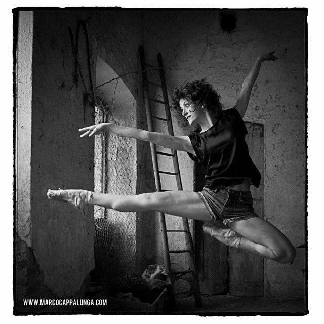 http://instagram.com/cappalunga_dancephotographer