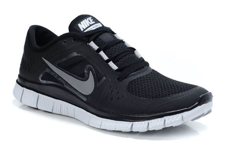 Getting seriously hooked on my Nike Free trainers. Sporty yet stylish.  Pic from dailyfreerun.com