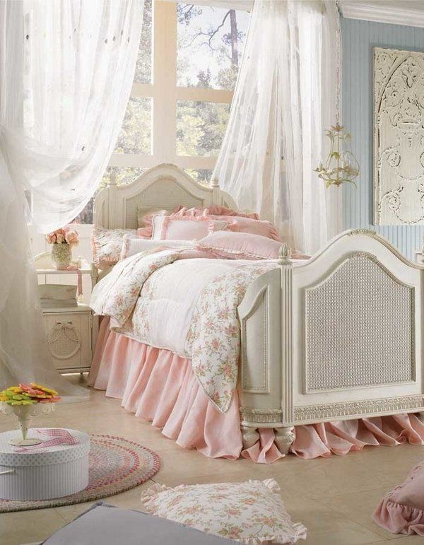 Schlafzimmer romantisch weiss  Die 25+ besten Shabby chic betten Ideen auf Pinterest ...