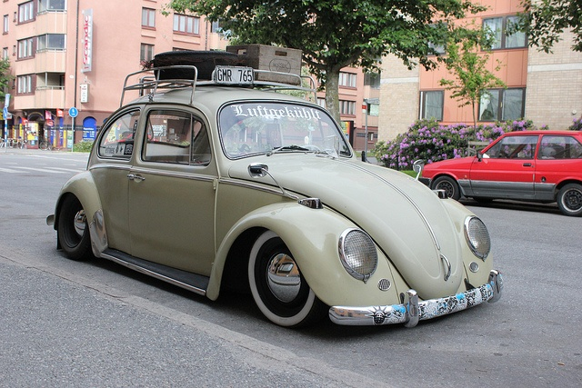 Classic VW Beetle 1965 by Drontfarmaren, via Flickr
