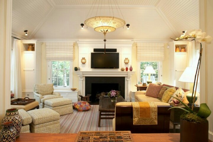 like this furniture layout for the den interior design