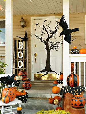 Front Porch ideasHalloween Porches, The Doors, Halloween Decor, Fall Decor, Fall Halloween, Front Doors, Holiday Decor, Front Porches, By Halloween
