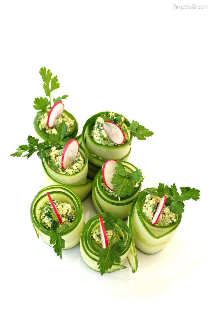 """Rouleaux de concombre et """"ricotta"""" de tofu lactofermenté et aux herbes fraiches (100% végétal)"""