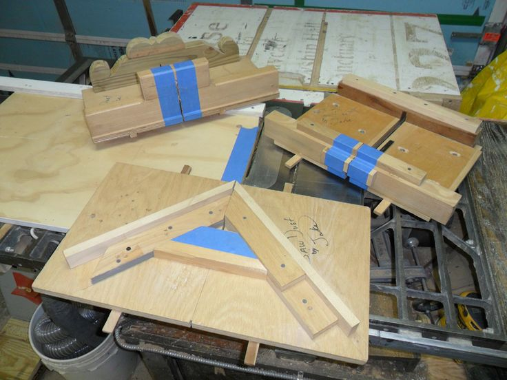 An overview of four table saw sleds. Adapt those you need for your saw and purposes.