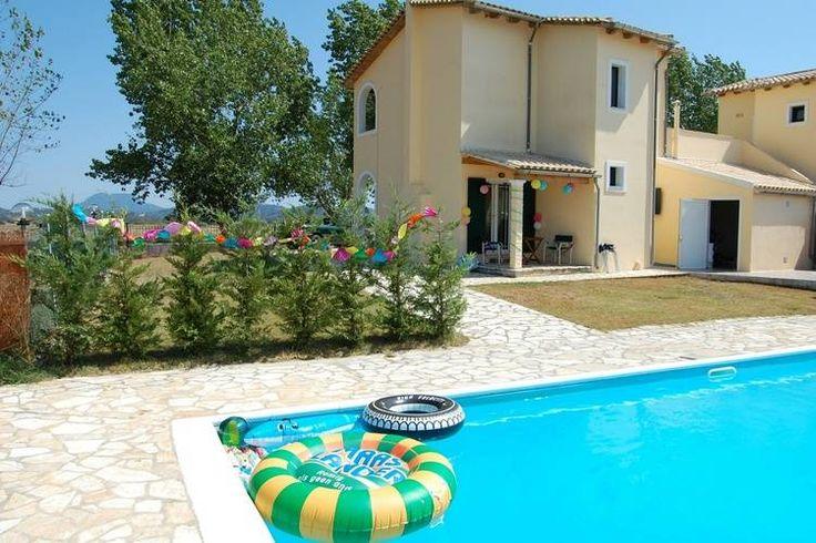 Vakantiehuis op het Griekse eiland Corfu te huur aangeboden door verhuurorganisatie op de website van Recreatiewoning.nl