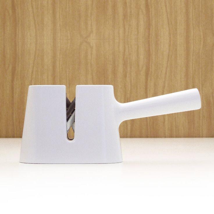 knife sharpener by sam hecht house accessoriesknifesproduct designobjectshausknivesknife making - Designer House Accessories
