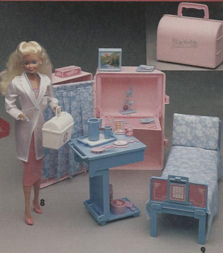 barbie play and go hospital/doctor's bag playset