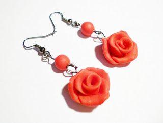 Kedy kreatív termékek: Vörös rózsa fülbevaló