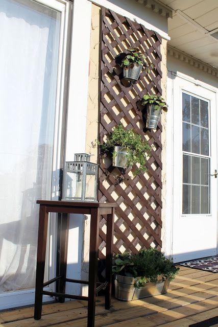 terraza con celosia ikea Optimiza los espacios de exterior