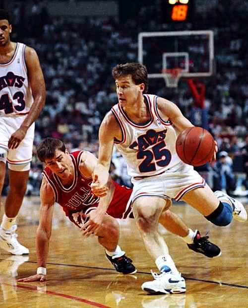 Mark Price Cleveland Cavaliers Brad Daugherty John Paxson Chicago Bulls