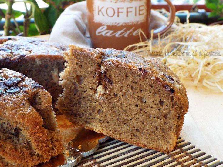 Torta al caffè ai due cioccolati....dolce morbidissimo e tenero, e dal sapore intenso. Cioccolato e caffè connubio di sapori perfetti. La Torta al caffè ai