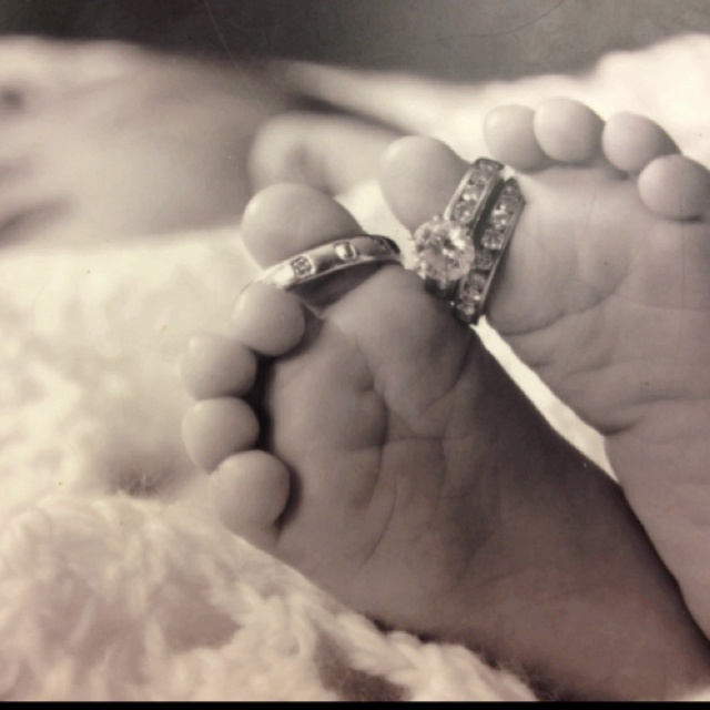 Saw at our ultrasound appt... Love: Baby Feet, Cute Idea, Baby Pictures, Rings Pictures, Photo Idea, New Baby, Cute Baby Photo, Baby Photos, Pics Idea