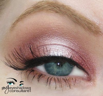 MAC Cranberry (inner and outer half of lid)  MAC Pink Freeze (Middle of lid)  MAC Soft Brown (crease)  MAC Bisque (blend)