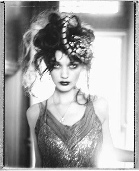 She might be too creepy, but definitely funky >> Modern Day Flapper: How to Dress for a Speakeasy: 1920's Style Part II