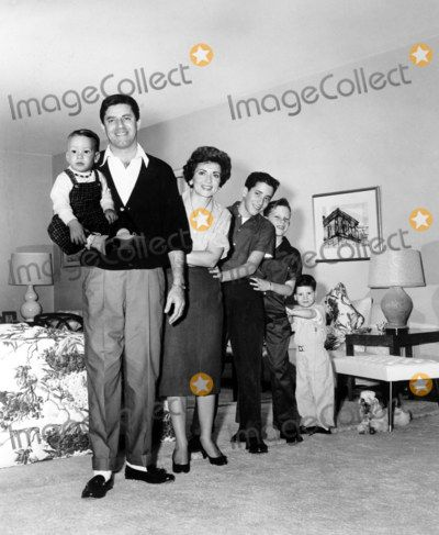 Jerry Lewis Photo - Jerry Lewis and Family Chris_gary_ronnie_scotty_wife Patti Globe Photos,inc.
