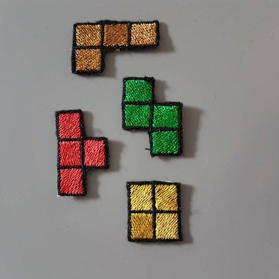 Ensemble de 4 blocs de Tetris sur écusson thermocollant NES