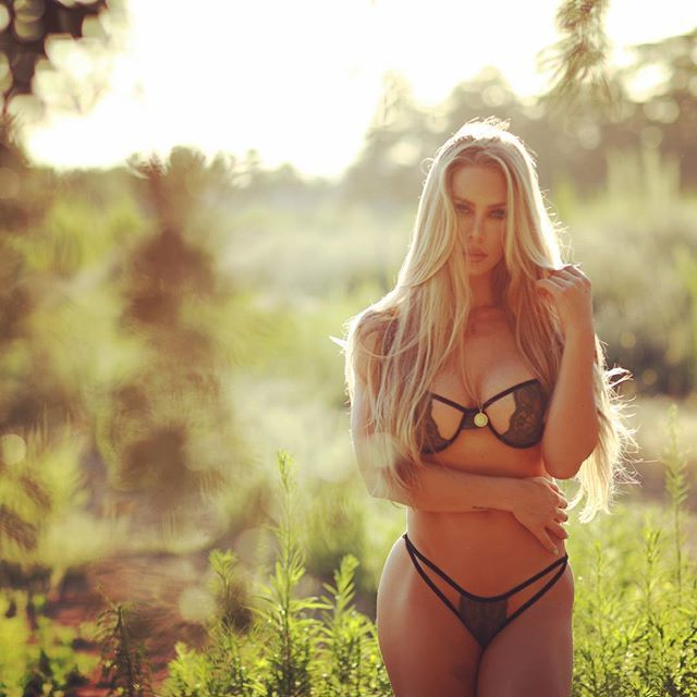 Aniston message board bikini porn, naked beautiful babes