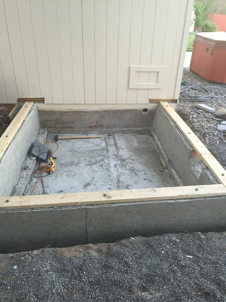Concrete Poured For Stem Wall And Bottom Floor For House