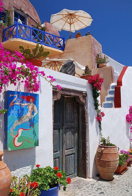 Door entrance in Oia, a picturesque village of Santorini, Greece.