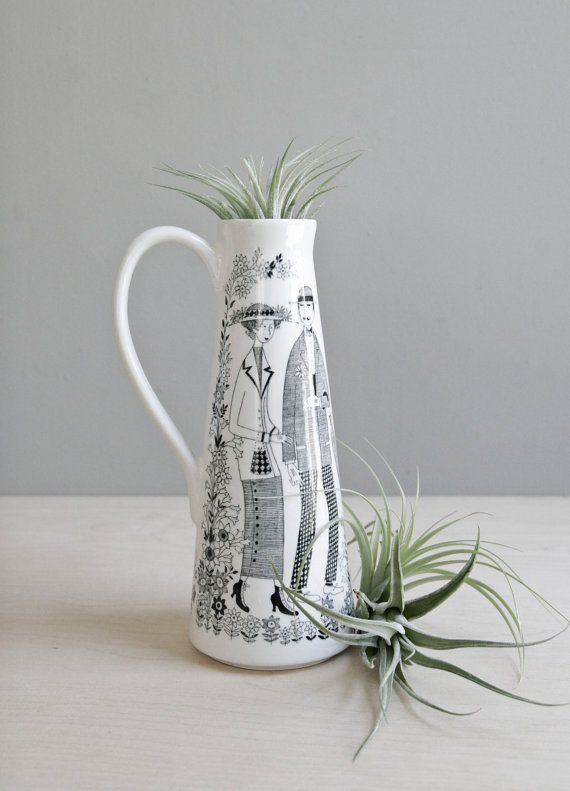 finnish modern vase / arabia emilia by ohalbatross on Etsy, $180.00