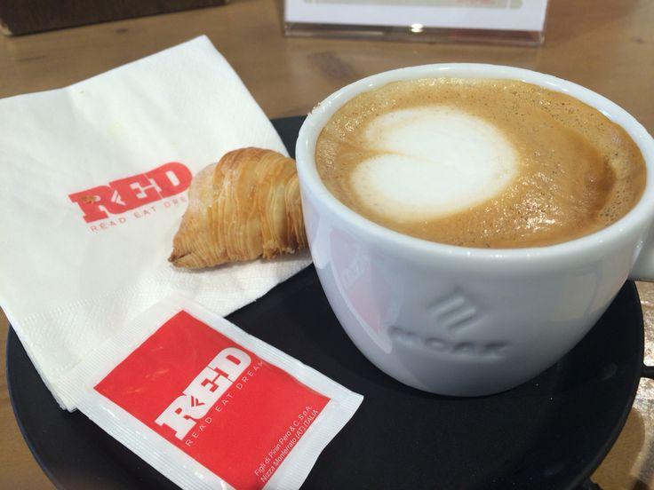Milano. Read-Eat-Dream