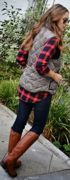 :: plaid button up, tweed vest, skinny jeans and boots ::