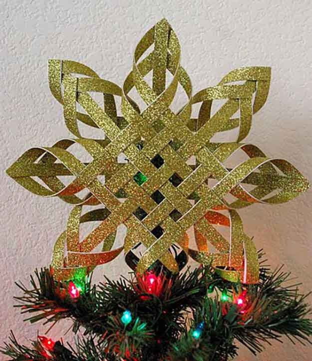DIY Woven Paper Star Star Tree Topper | 15 DIY Christmas Tree Topper Ideas, check it out at http://diyready.com/diy-christmas-tree-topper-ideas