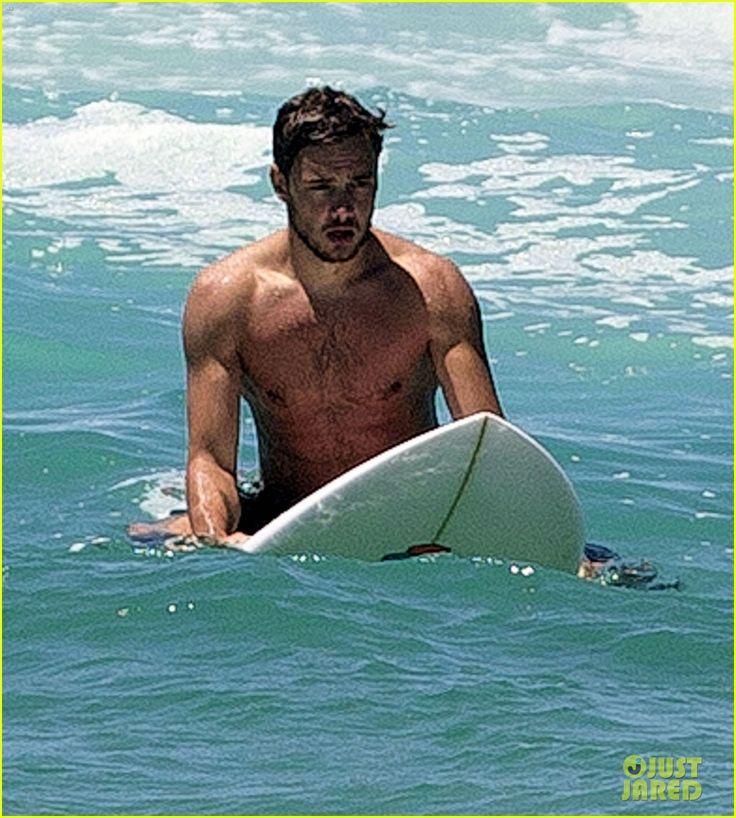 One Direction's Liam Payne: Shirtless Surf Session!   Shirtless Photos   Just Jared
