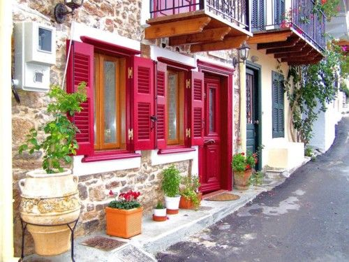 Nafplio, Greece--I must have been Greek in my previous life 'cause seeing their cute houses make me feel good and happy. <3