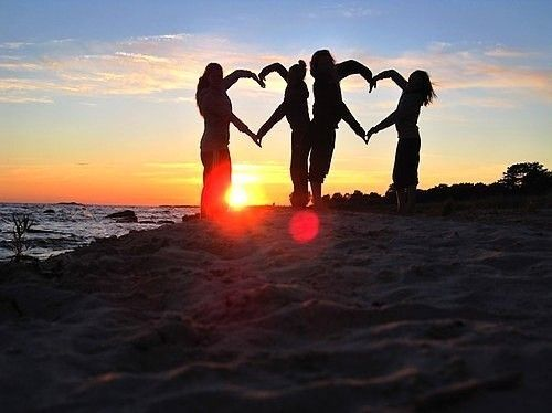 Beautiful! Love This Sunset Silhouette Photo Idea. Cute