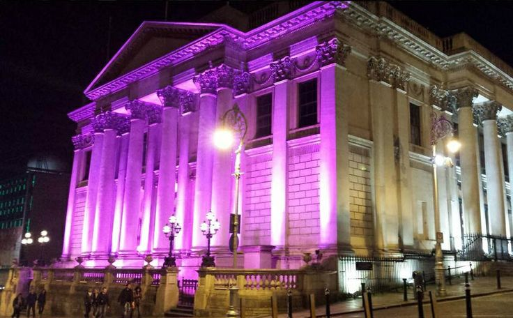 Dublin City Hall goes pink.