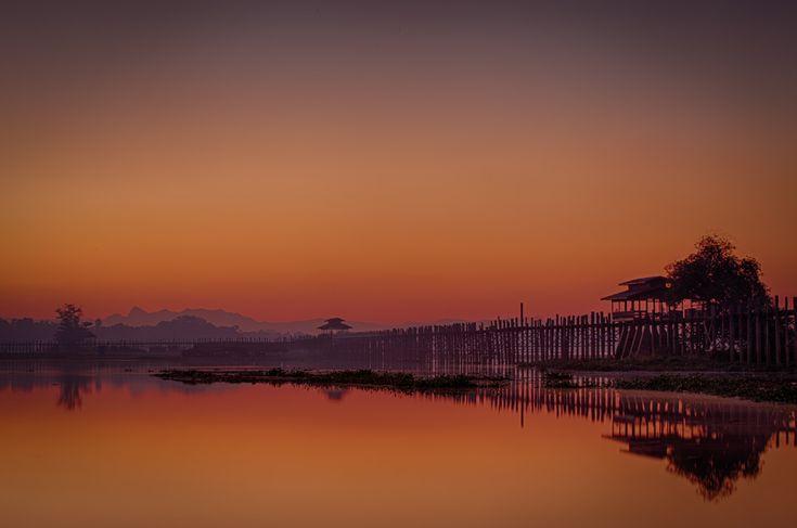U Bein bridge in Myanmar at sunrise. Photo: John Einar Sandvand.  More photos: http://sandvand.net/photography-in-myanmar-meeting-the-sun-at-u-bein-bridge/