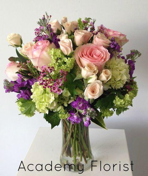 10 nieuwe pins op het bord zachte kleuren bloemen