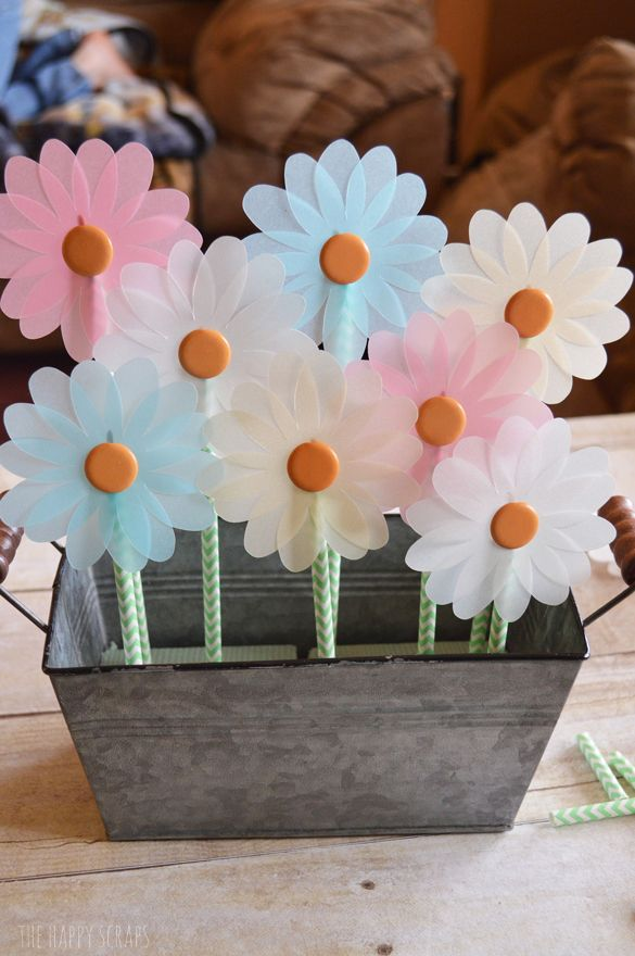 Create this beautiful Spring Centerpiece with only a few supplies and in a few easy steps.