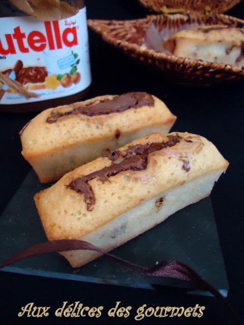 En regardant cuisine tv je suis tombée, de bon matin, sur cette recette de moelleux au Nutella préparés en moins de 5 minutes !!...