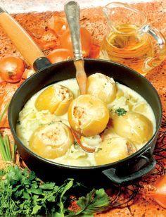 Cepe umplute cu orez şi carne tocată în vin alb | Retete culinare - Romanesti si din Bucataria internationala