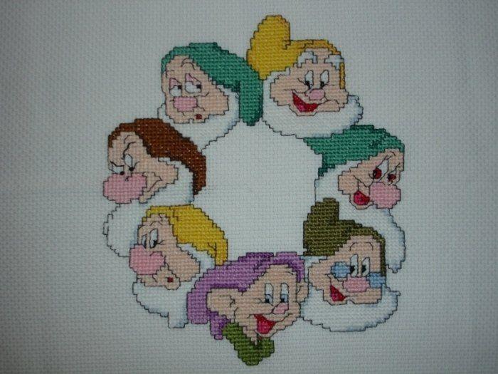 Applicazione sette nani, by Piccoli Tesori di Monia, 50,00 € su misshobby.com