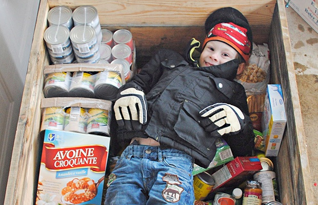 Lochlan Murray is only four years old but decided he wanted to help people who may be hungry. He came up with Lochlan's Hungry Tummies food drive.