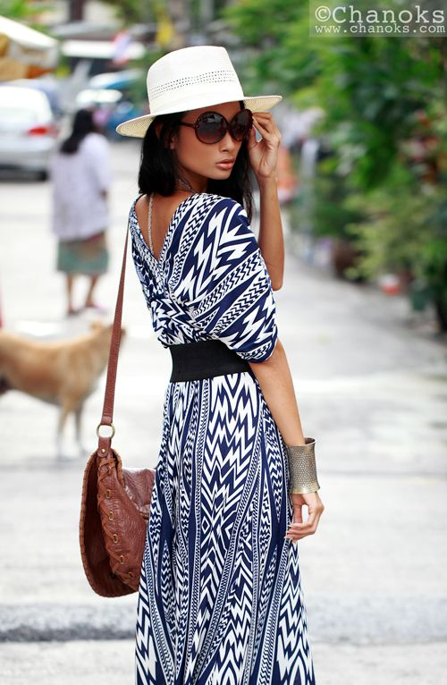 Gorgeous dress!  although i'm not sure i could wear a print like that, or in gen...