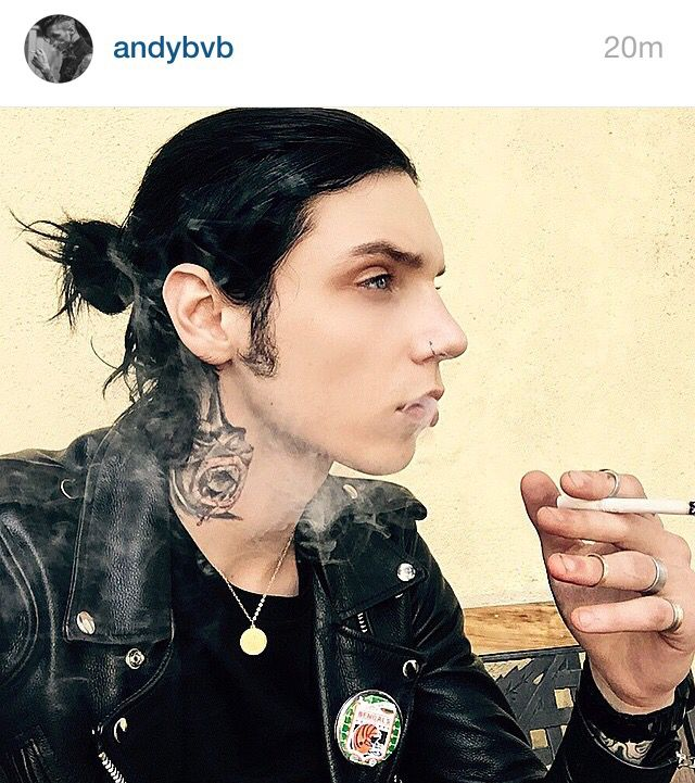When Andy Biersack has a manbun and midi rings....