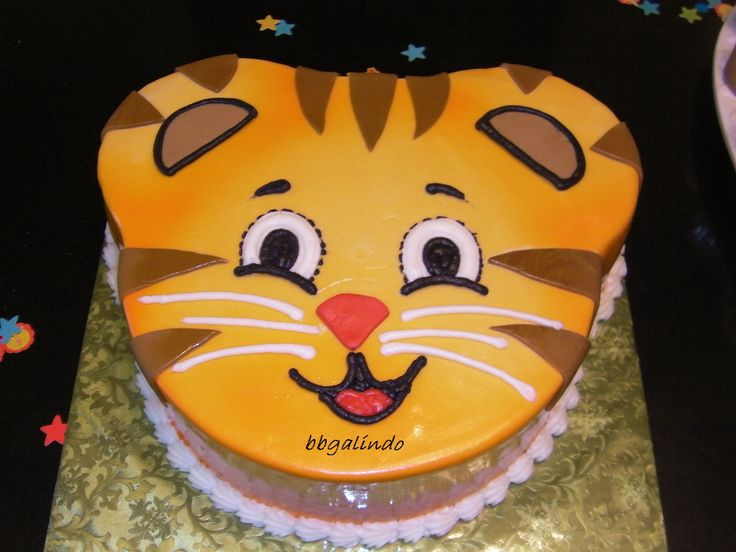 Daniel Tiger Cake Cakes And Cake Pops Pinterest
